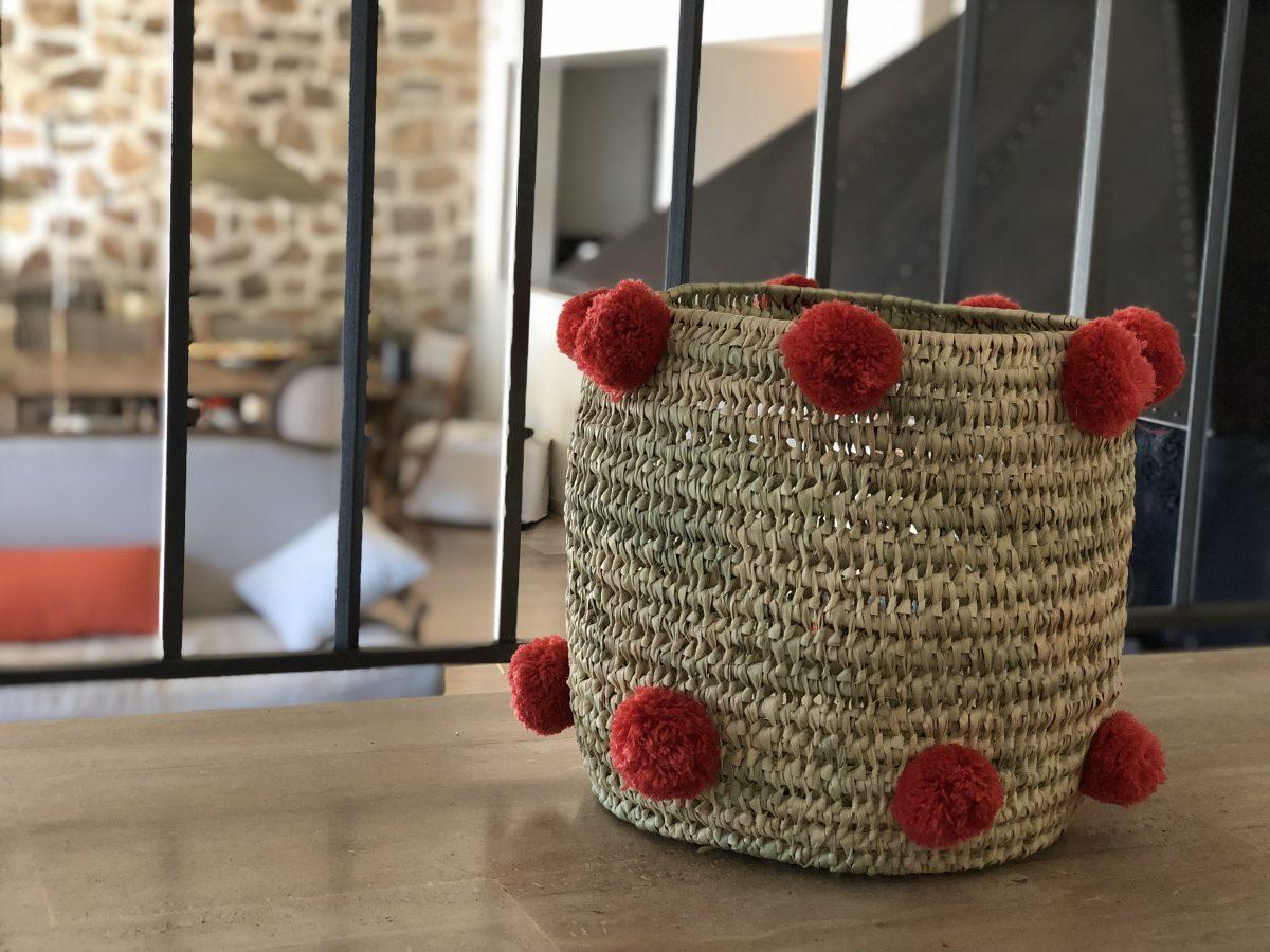 panière pompons rouge