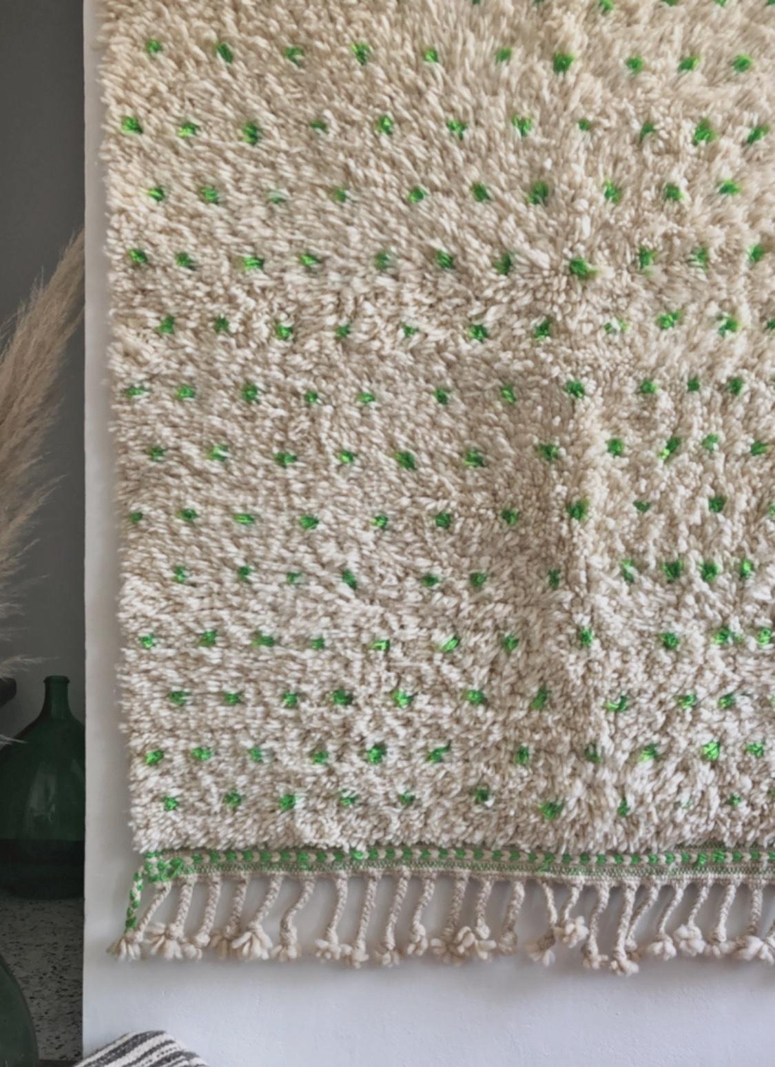 tapis beni ouarain pois vert
