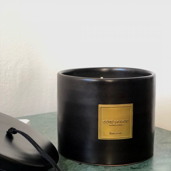 bougie noire terracotta