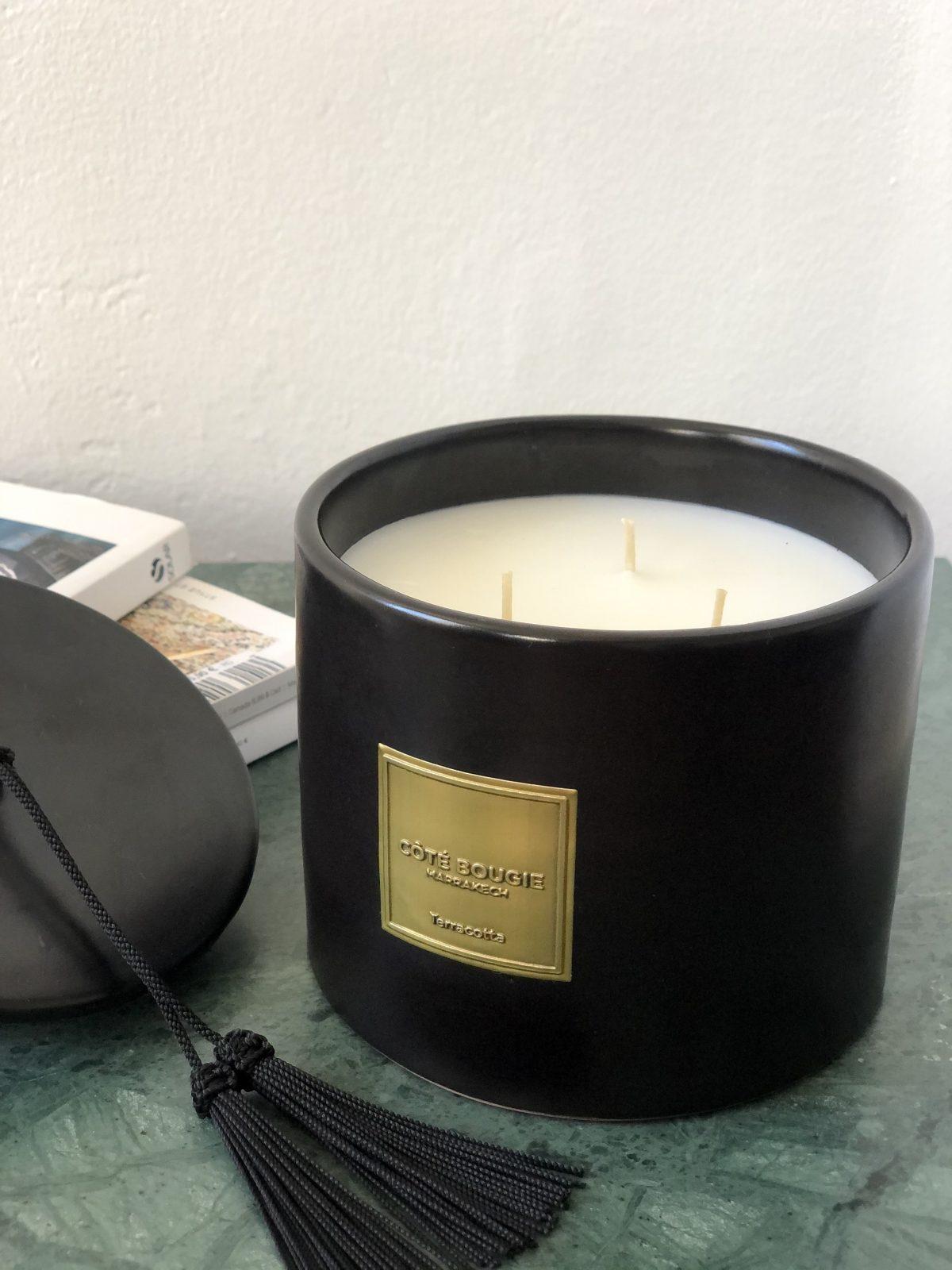 bougie terracotta noire